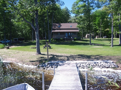 Peaceful Get Away On Inland Lake In Michigan's Upper Peninsula