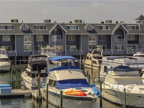 Spectacular, Water Front gem in Beach Haven- Views, Pool, Walk to Everything!