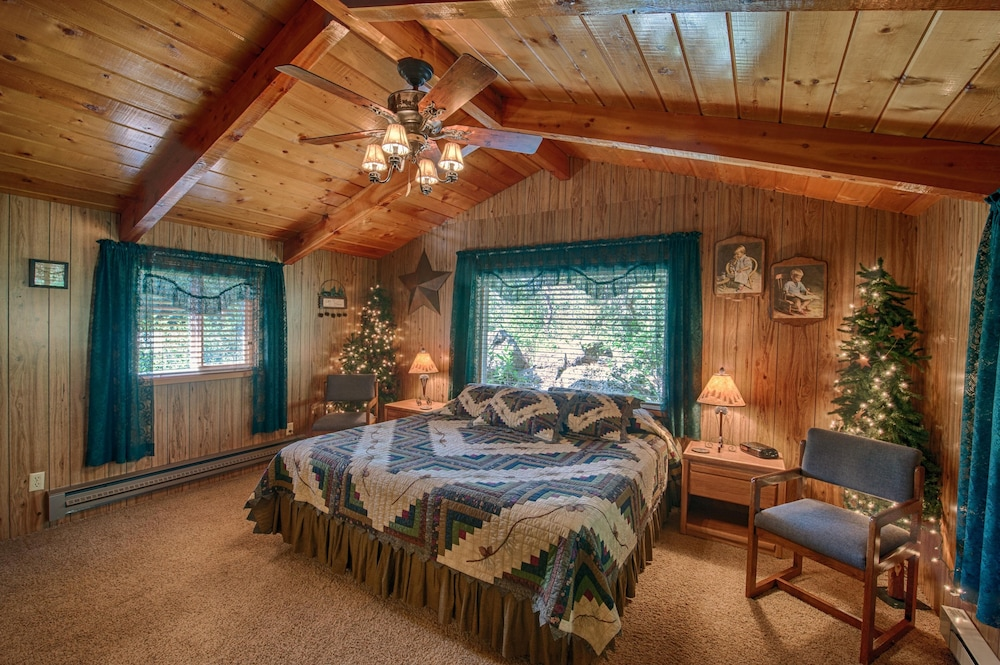 Vacation Cabin Rental Island Park Idaho Near Yellowstone National
