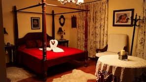 6 dormitorios, minibar, decoración individual y escritorio
