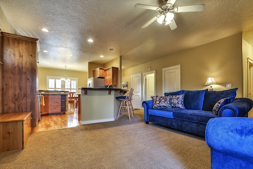 Be our Guest- Close to Everything! Boise- Meridian - Eagle - I-84 W/pool