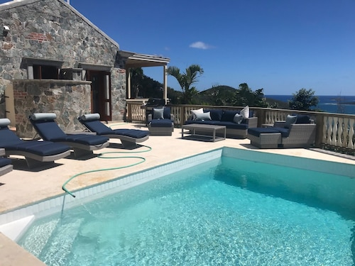 La Bella Villa The Best Views, Pool and Villa Overall! And Fall Deals!