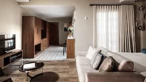 Frette Italian sheets, premium bedding, desk, iron/ironing board