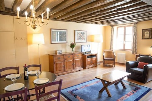 Appartement 1 Chambre In Paris Hotel Rates Reviews On Orbitz