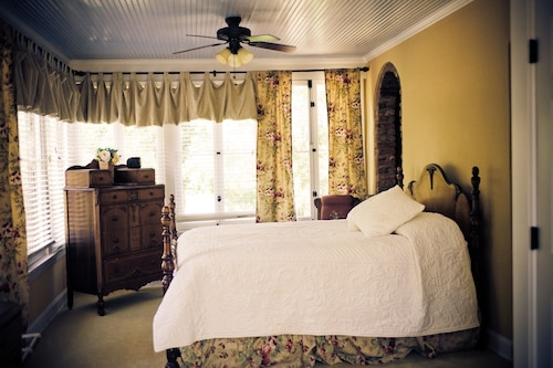 Check Expedia for Availability of The Glendalia Boutique Hotel