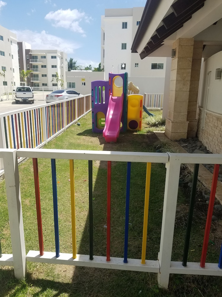 Children's Play Area - Outdoor, NEW WONDERFUL APART WITH POOL