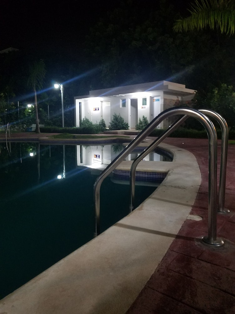 Outdoor Pool, NEW WONDERFUL APART WITH POOL
