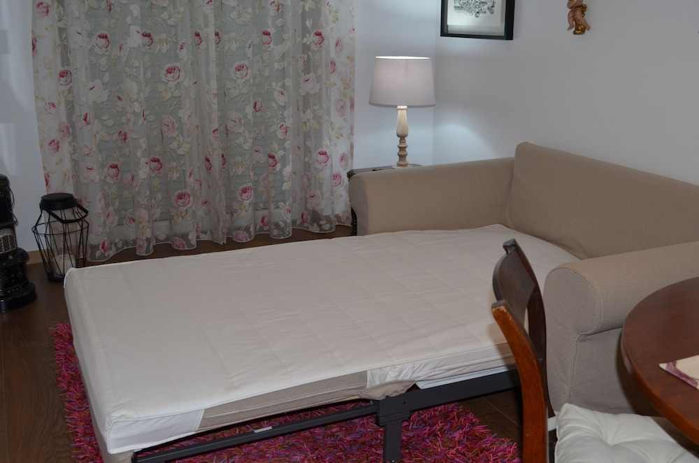Room, Seven Guest House, a Departing Point to Visit Lisbon and Sintra