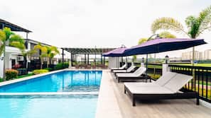 5 outdoor pools, open 7 AM to 8:00 PM, pool umbrellas, sun loungers