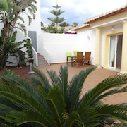 Modern, Well Maintained Villa With Stunning sea Views, Private Pool, Wi-fi, air Conditioning