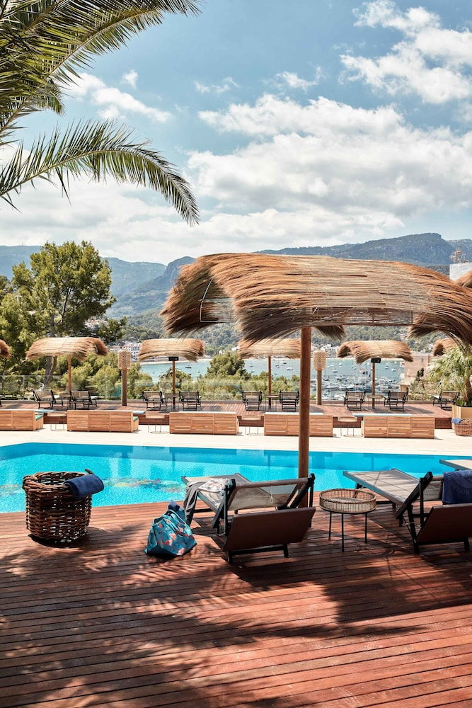 bikini island mountain hotel port de s ller s ller. Black Bedroom Furniture Sets. Home Design Ideas
