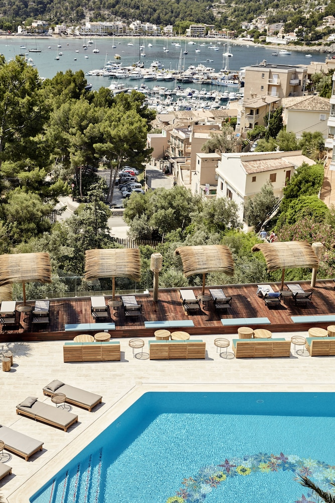 bikini island mountain hotel port de s ller reviews. Black Bedroom Furniture Sets. Home Design Ideas