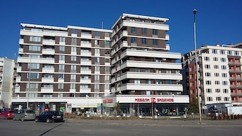 Apartments Mladost 1A-554