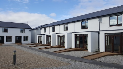 Mulranny Courtyard Suites and Lodges