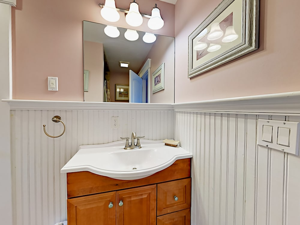 Bathroom Sink, 318 Eddy Road Home - 4 Br Home