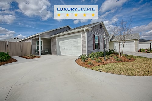 Check Expedia for Availability of 5630 Whitetail Avenue 2 Bedrooms 2 Bathrooms Home