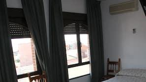 암막 커튼, 유아용 침대, 무료 WiFi, 침대 시트