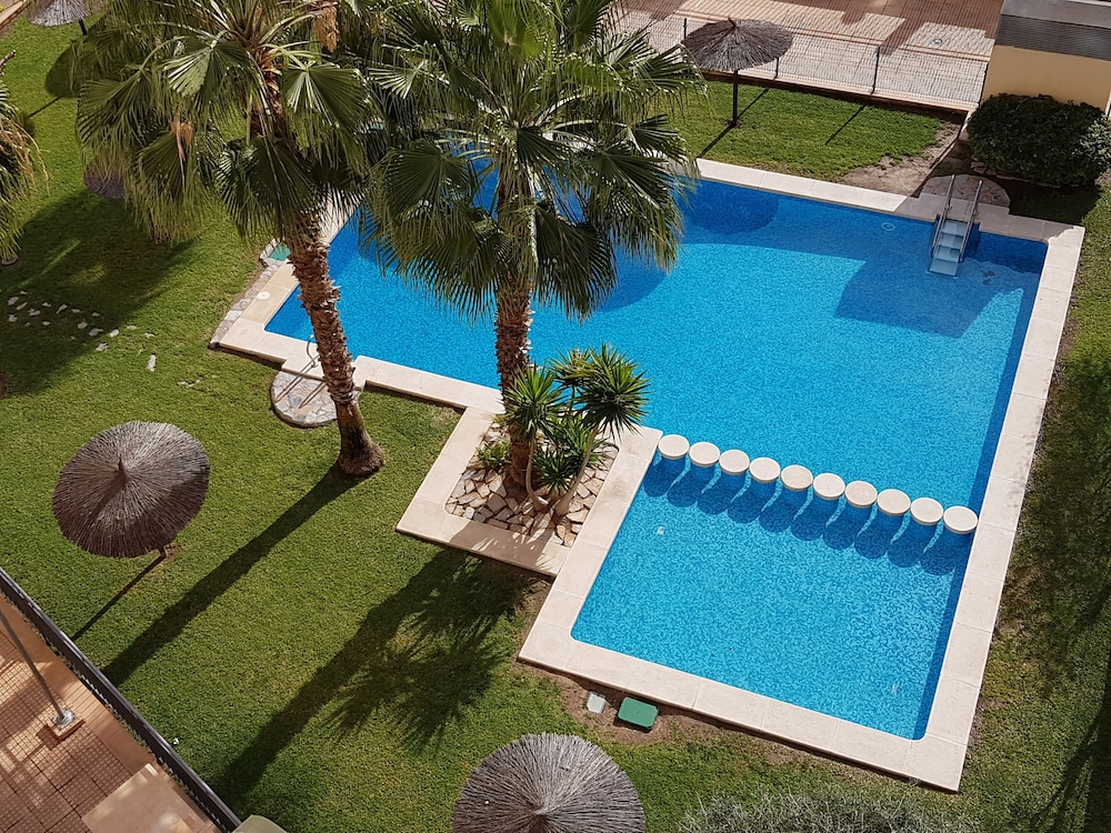 Magnificent Apartment With Wifi Terrace Swimming Pool Netflix And