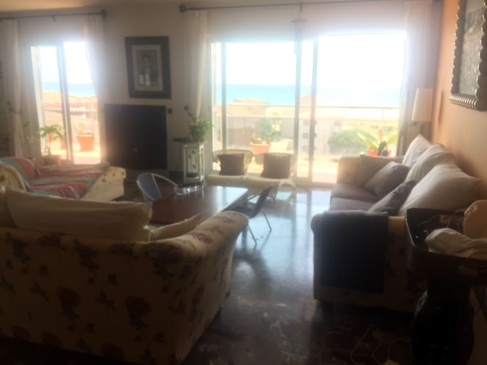 Living Room, 200m a Flat Facing the sea of Coma Ruga Family With Wifi, bed of 160