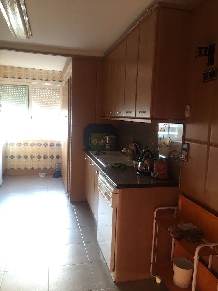 Private Kitchen, 200m a Flat Facing the sea of Coma Ruga Family With Wifi, bed of 160