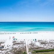 Sterling Sands 811 - Cabin Fever ?!?! Come Enjoy the Emerald Coast