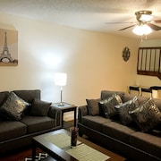SW Orlando Spacious 2bdrm/2.5ba Townhouse, Mins To Theme Parks & Outlet Stores