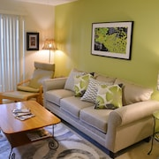 Cheerful Private Condo in Nasa Clear Lake - Seabrook/kemah Area