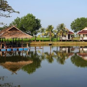 Rai Lam Poo Farm and Camping Resort