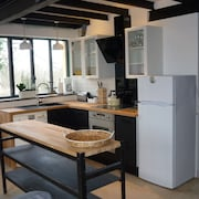 Renovated Workshop for 6 People With Shared, Heated Pool in Semur en Auxois