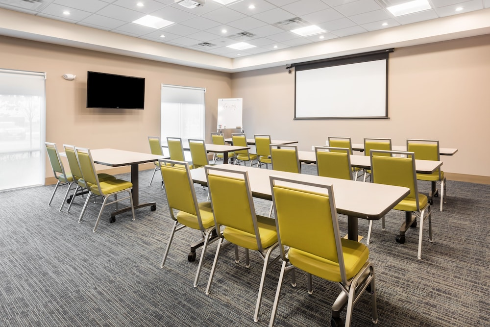 Meeting Facility, Holiday Inn Express & Suites St. Louis - Chesterfield