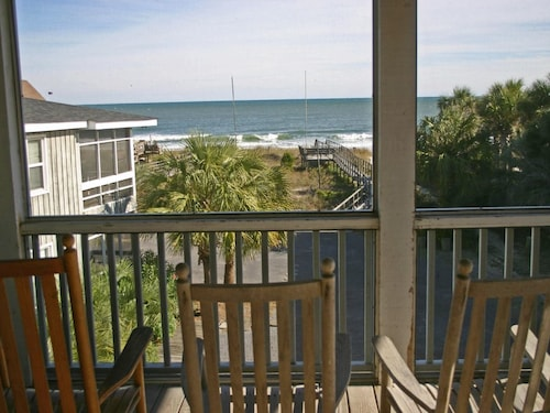 Oceanfront, Dog Friendly on Pawleys Island, Wrap-around Porch, Private Boardwalk