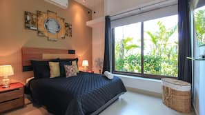 2 bedrooms, blackout drapes, bed sheets