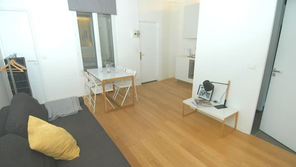 1 bedroom, soundproofing, iron/ironing board, WiFi