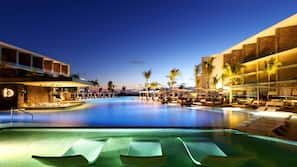 3 outdoor pools, open 8 AM to 8 PM, free cabanas, pool umbrellas