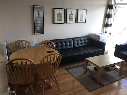 2 Bed Apartment in Royal Greenwich