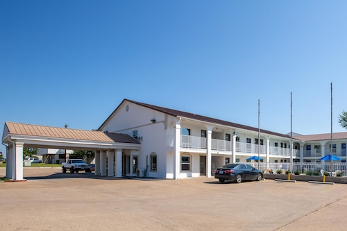 Check Expedia for Availability of Studio 6 Bryan, TX - Texas Avenue