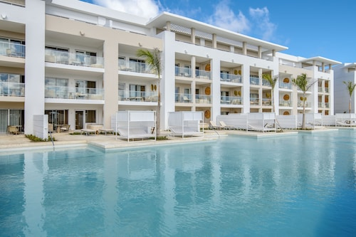 NEW! The Grand Reserve at Paradisus Palma Real – All Inclusive