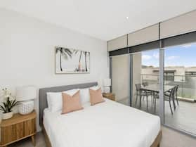 Accommodate Canberra - Lakefront