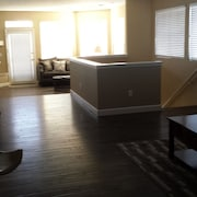 319 York 3 Bedrooms 2.5 Bathrooms Home