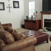 1211 Norswing 3 Bedrooms 2 Bathrooms Home