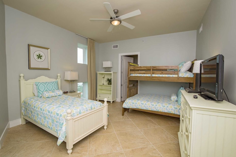 Turquoise Place 1909d 4 Bedrooms 4.5 Bathrooms Condo: 2019 Room ...