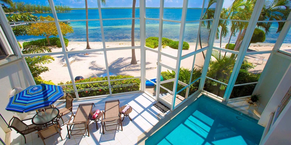 Grand Cayman Villas >> Pools Of The Kai 6 By Grand Cayman Villas Condos 2019
