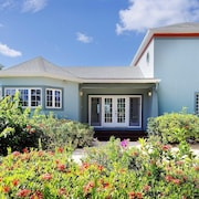 Sea Cove by Grand Cayman Villas & Condos