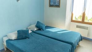 Décoration personnalisée, lits bébé (gratuits), Wi-Fi gratuit