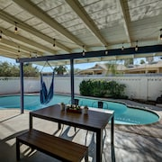 3BR with Private Pool by WanderJaunt
