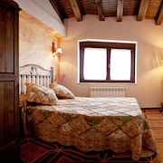 Antonio Cottage for 6 People in Salamanca, With Pool and Wi-fi / Offers