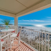 Paradise30a ~ Eastern Shores 206 ~ Gulf Front, End Unit With Eastern Lake Views, 2 Bikes Included!