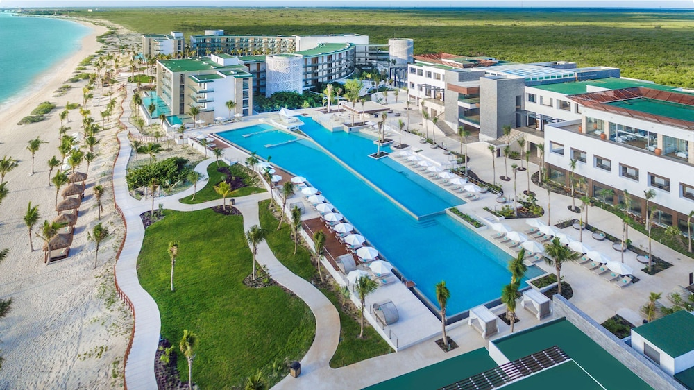 Pool, Haven Riviera Cancun Resort & SPA All Inclusive- Adults Only