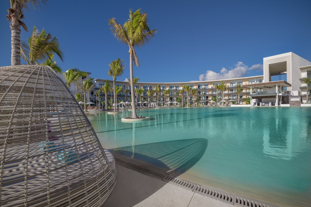 Outdoor Pool, Haven Riviera Cancun Resort & SPA All Inclusive- Adults Only