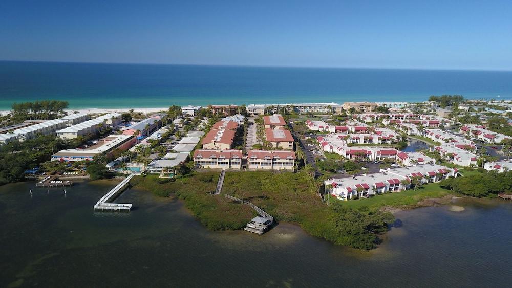 225 Bradenton Beach Club 3 Bedrooms 2 5 Bathrooms Home in